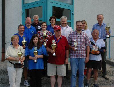 MdB Koschyk mit den Pokalsiegern des Creußener Wandervereins
