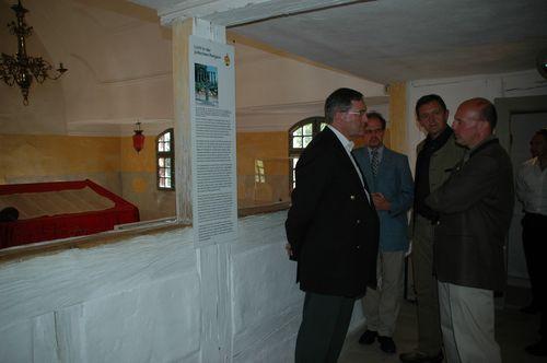 Besuch der wiederhergestellten Synagoge in Tüchersfeld