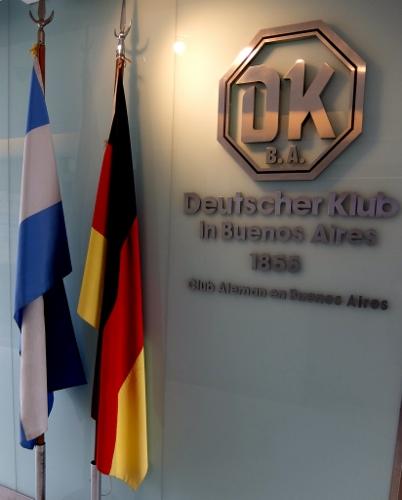 Eingang zum Deutschen Klub in Buenos Aires DSCF0331 (402x500)