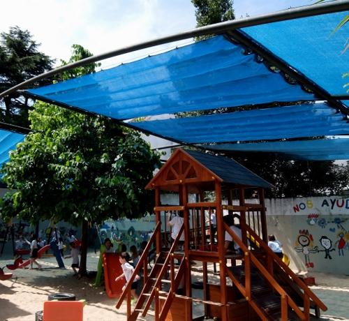 Kinderspielplatz auf dem Gelände der Pestalozzi-SchuleDSCF0305 (500x460)