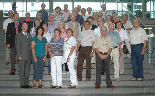 MdB Koschyk und die Besuchergruppe im Paul-Löbe-Haus