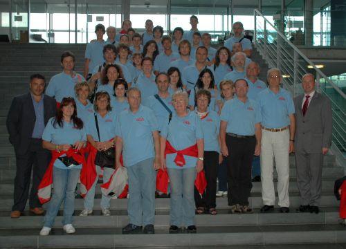 MdB Koschyk und die Besuchergruppe aus Assisi