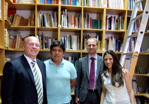 im Zentrum für rechtliche und soziale Studien zu Menschenrechtsfragen in Buenos AiresDSCF0372 (500x348)