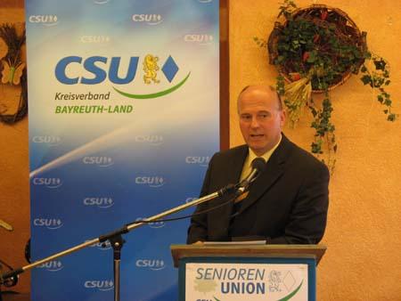 CSU-Kreisvorsitzender Hartmut Koschyk MdB bei seinem Grußwort
